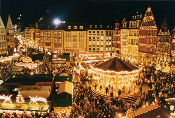 クリスマスマーケットの雰囲気
