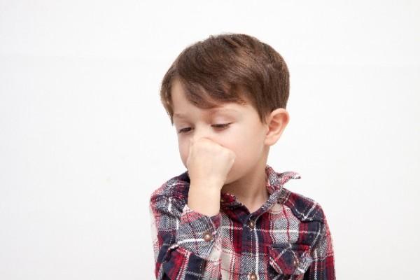 子供の鼻血の止め方は小鼻を圧迫止血