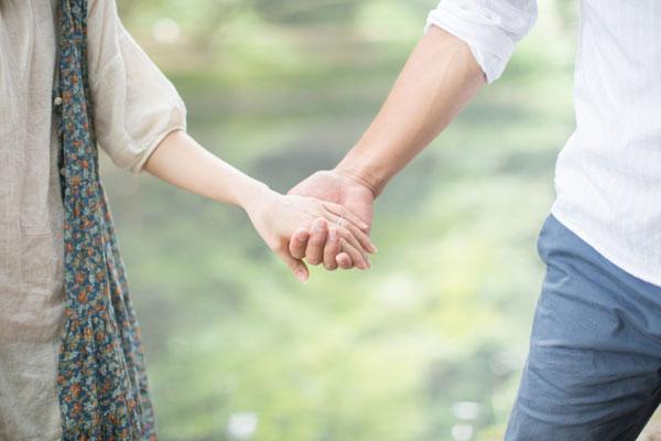 キスの相性でパートナーの相性を診断