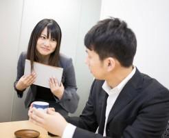 office-romance-approach_01