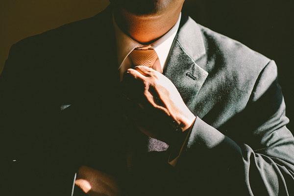 年上の男性の脈ありな態度と行動