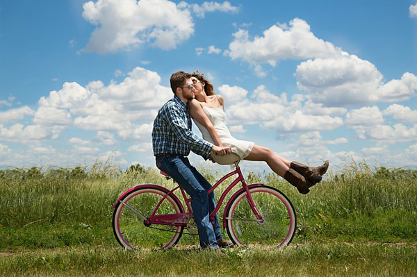 恋愛モードになると一途でストレートな性格がO型女性の特徴