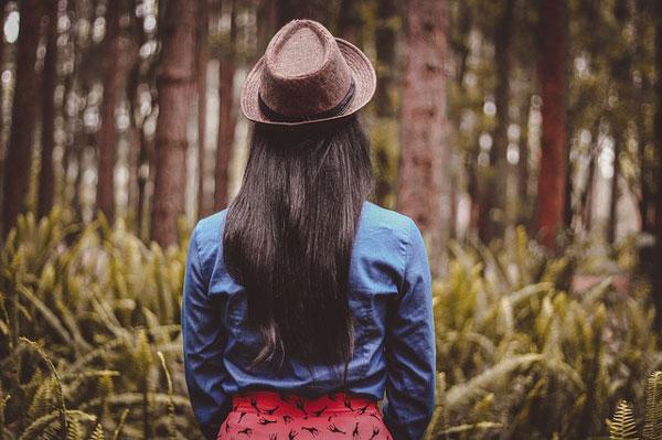 素直になれず相手を信用できない性格が独身女の特徴