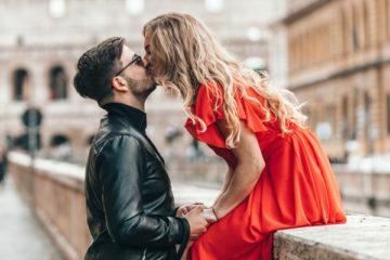 身長差カップルがキスする方法
