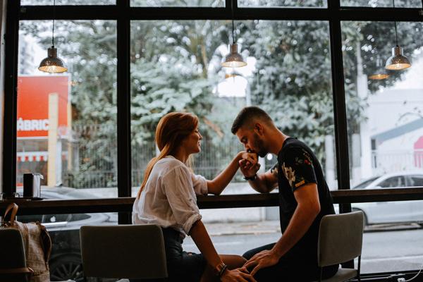 新型コロナでデートが出来ない、彼氏と会えない時はどうするべき?