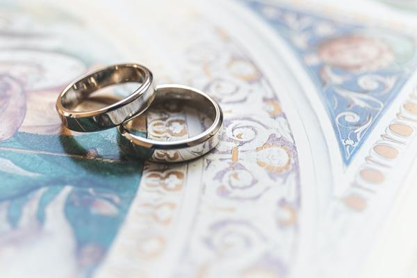 恋愛にまつわる意味を持つ指輪